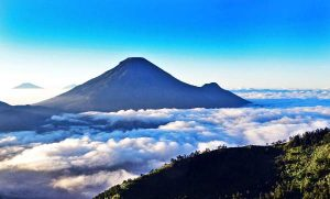 Berwisata ke Dieng Jawa Tengah